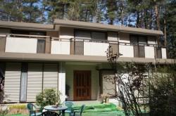 富士河口湖町 広い庭のある家