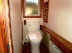 1階 ウォシュレット付水洗トイレ