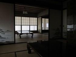 1階和室・昔のままの造りです。