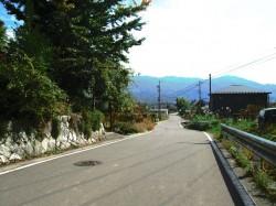 道路付と南アルプスの眺望