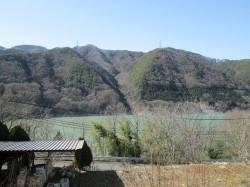 2階窓から美和湖を望む