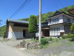 里山に近く高台で見晴らしが良い家