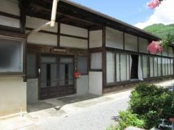 玄関前(南向き玄関)