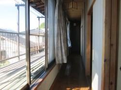 2階 廊下とベランダ