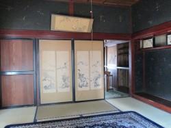 古民家風の室内
