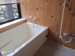 母屋 1階 浴室
