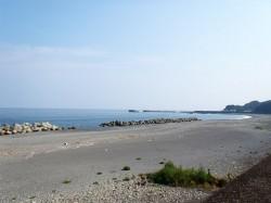 海岸に近く、潮風を感じられます